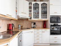 Puustellin laadukas keittiö