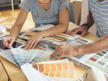 Asukaspalveluvastaavamme auttavat sinua materiaalien ja sisustusratkaisujen valinnassa. Suunnitellaan yhdessä unelmiesi koti!