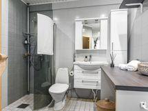 Kylpyhuoneen laskutiloja