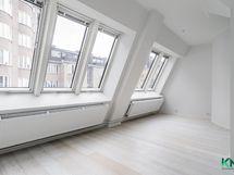 Olohuoneen ikkunarivistö