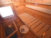 sauna/päärakennus