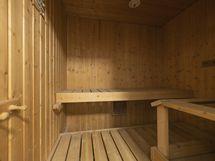 Omassa saunassa voi löylyistä nauttia itselle sopivaan aikaan.