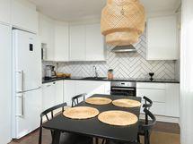 tyylikäs, v. 2018 remontoitu keittiö