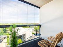 Kuva asunnon 105 parvekkeelta