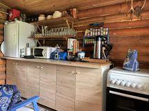Saunamökin keittiö