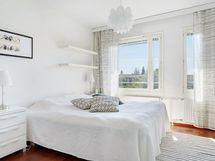 Sisääntulokerroksen makuuhuone
