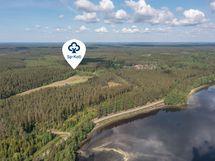 Välimatka mökiltä järvelle on noin 500 -700m