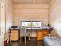 Makuuhuone2 - Bedroom 2