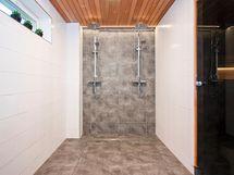 upea, uusittu saunaosasto