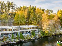 Talo Ukkijärven rannalla