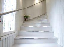 Tunnelmallinen portaikko