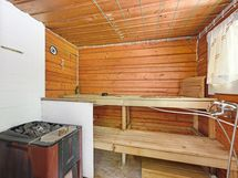 Oman mökin sauna