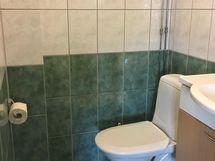Laatoiettu wc
