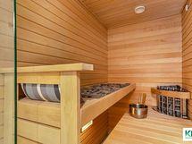Hyviä löylyjä tyylikkäässä saunassa