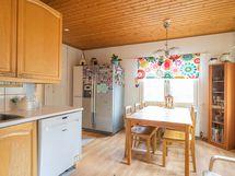 Kuva keittiöstä (5)