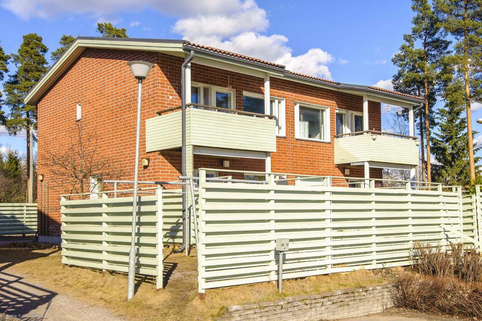 90 m² Kehäkukantie 44, 01390 Vantaa Rivitalo 4h myynnissä - Oikotie 5119793