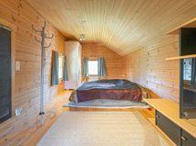 Aitta lämpöeristetty huone