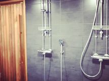 taloyhtiön saunaosasto (myyjän kuva)