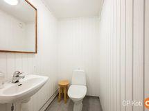 kellarikerroksen wc tila