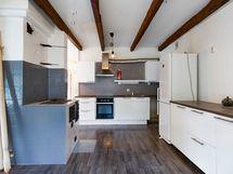 1-5 asunto keittiö sivulle