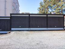 Asunnon yhteydessä myydään autotalli, hp 4000€