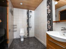 Kylpyhuone uusittu 2010