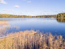 järvinäkymää / sjöutsikt