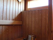 Kylpyhuoneen yhteydessä on arjen luksusta: oma sauna