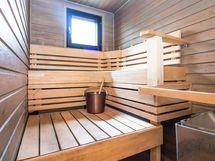 remontoitu, ikkunallinen sauna