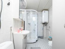 Kylpyhuone tehty 2007