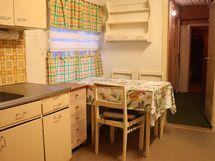 keittiö alakerrassa