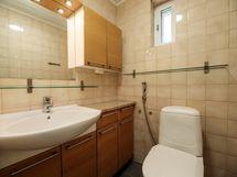 1.kerroksen wc