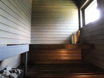 B-huoneistossa sauna