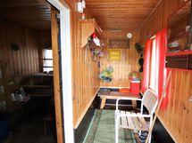 pukuhuone ja sauna