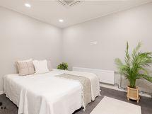 Huone saunatilassa (ei asuinhuone)