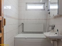 Kylphuoneessa amme