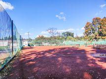 Kaisaniemen puiston tenniskenttä