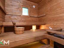 Sauna Heti valmiilla kiukaalla.