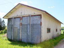 Hiekkapohjainen vanha varasto
