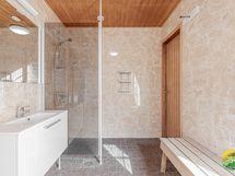 Pesuhuoneen koko n. 7 m2