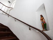 Upea kivinen portaikko