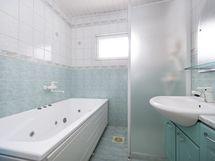Kylpyhuone poreammeella