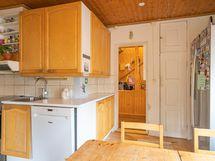 Kuva keittiöstä (7)
