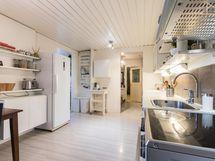 Tyylikäs keittiö