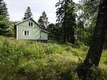 Purkukuntoinen talo