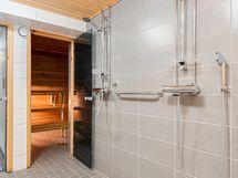 Taloyhtiön saunaosastolta.