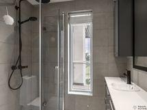 Yläkerran kph/wc, kahden makuuhuoneen yhteydessä