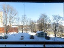 keittiön ikkunasta