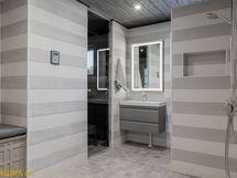 Täysin remontoitu kylpyhuone