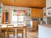 Kuva keittiöstä (6)